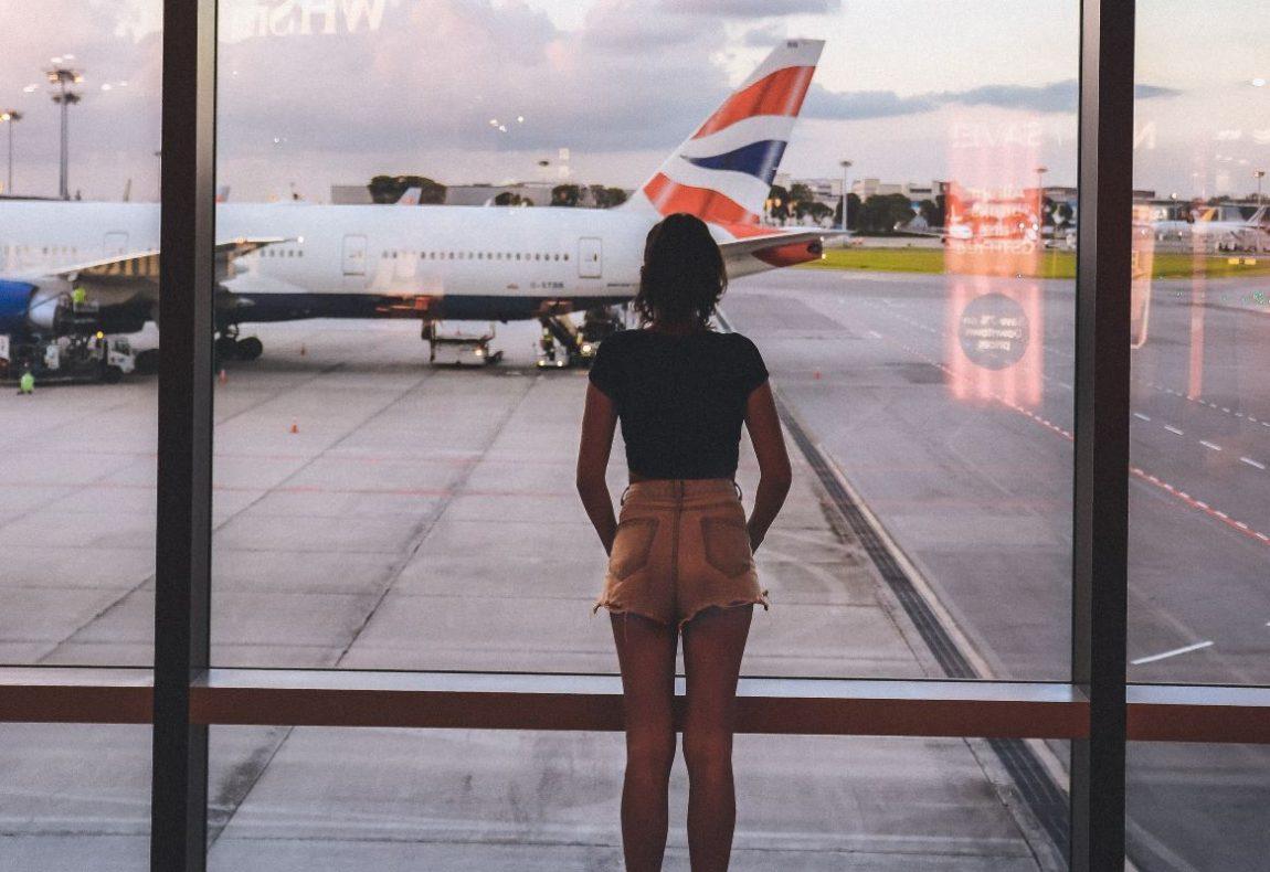potovanje z letalom, letalo, letenje, pravice potnikov, eurobarometer pravice potnikov, pravice na letalu, odškodnina za zamujen let, odškodnina za povezovalni let, odškodnina za preklican let, odškodnina, odhodni let, povratni let, kam se pritožiti za odškodnino na letalu, uveljavljenje pravic potnikov, letalska družba, letalske družbe