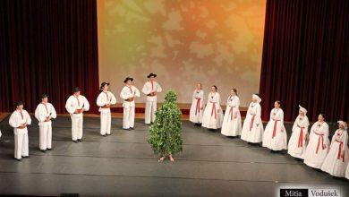 Photo of Danes goduje sv. Jurij, ki po ljudskem izročilu prinaša pomlad, obilje, srečo in veselje