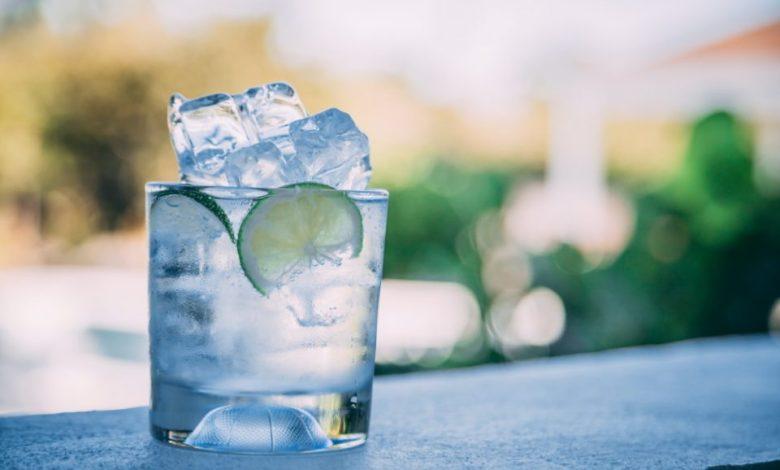 brezalkoholni osvežilni napitki, Roza limonada, osvežilne napitke, osvežilni napitki, sladkorja v prahu, sestavine, recept, koktajl,