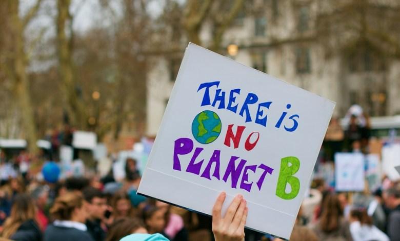 Mladi podnebni aktivisti,