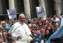 Photo of Papež Frančišek: Kulinarični in spolni užitki so preprosto božanski