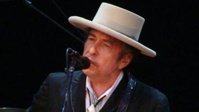 Photo of Nabor dokumentov Boba Dylana prodan za skoraj pol milijona dolarjev