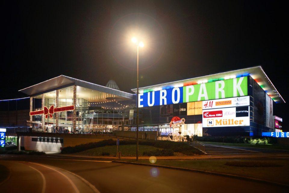 zasijal v tisočerih lučkah, europark, maribor,