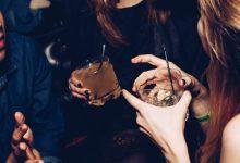 Zabava, maček, alkohol, pitje, pitje alkohola, zmerno pitje, žgane pijače, žganje, moralni maček, alkoholni maček, jutro