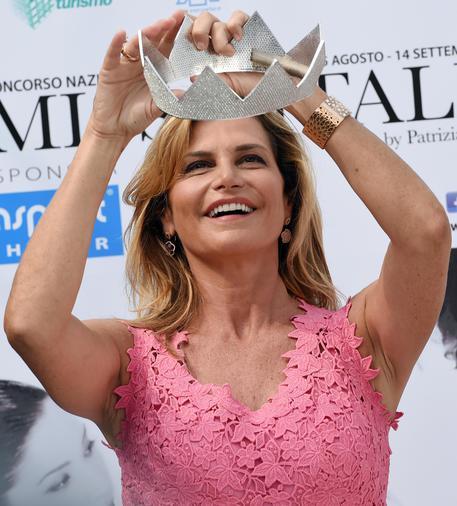 Simona Ventura fotografata alla conferenza stampa di presentazione della 75/ma edizione di Miss Italia, Milano 09 settembre 2014.      ANSA/DANIEL DAL ZENNARO