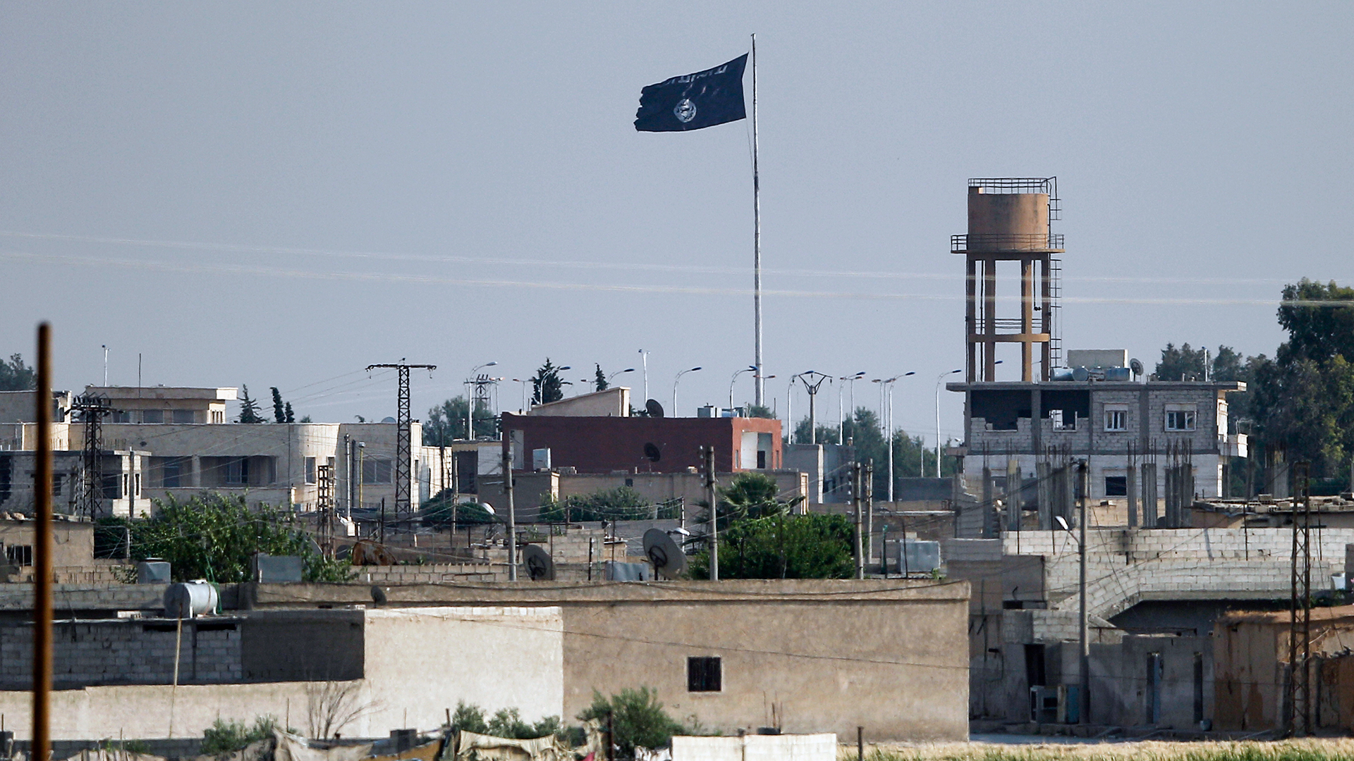 Islamic State ISIS flag in Syria-159532.jpg34354598