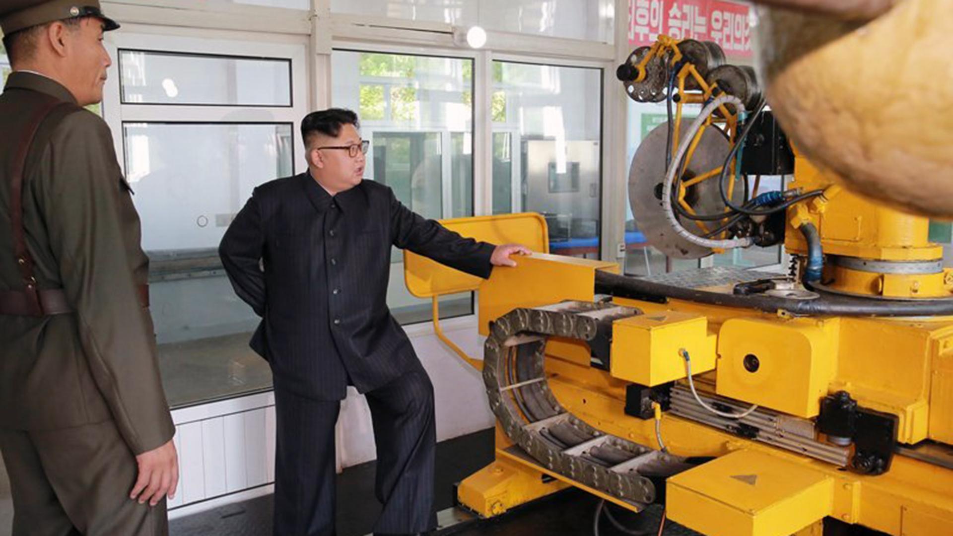 North Korea missiles Kim Jong Un 1-159532.jpg75033532