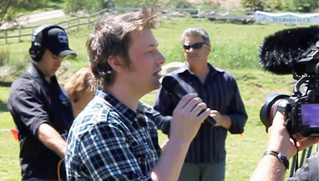 Jamie Oliver at the World's Longest Lunch – Marysville