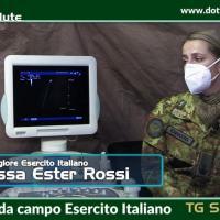Dottor salute va dentro all'Ospedale da campo dell'Esercito per pazienti Covid-19 di Perugia