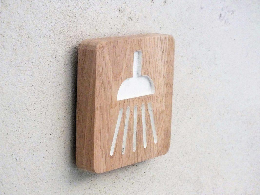 plaque salle de bain plaques adhsives salle de bain fresh ides de decoration adhesif mural. Black Bedroom Furniture Sets. Home Design Ideas
