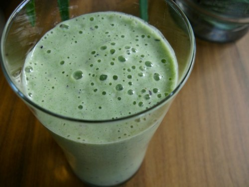 Avocado spinach smoothie mary anemone honey 300x225 - Lean n' Green Spinach Avocado Smoothie