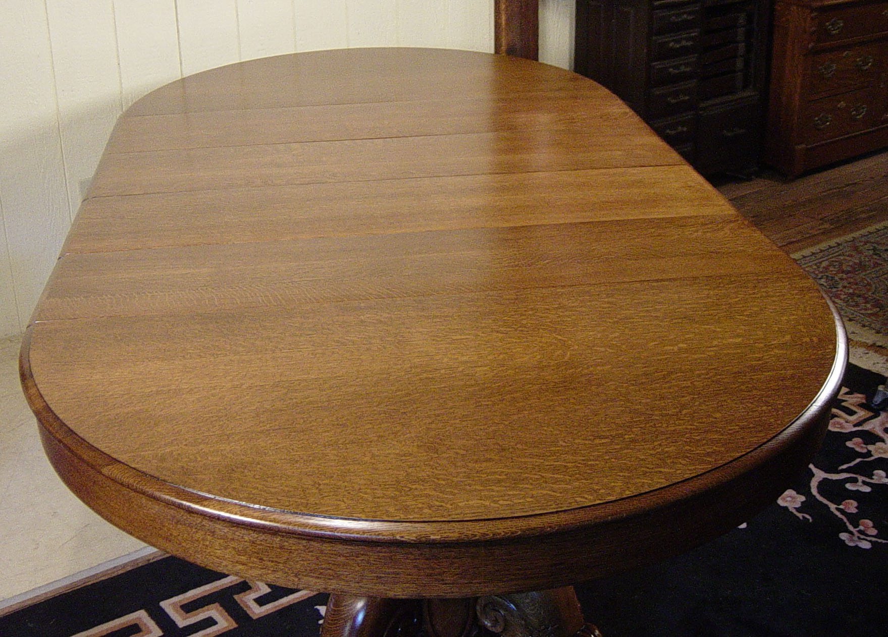 52 Round Victorian Oak Dining Room Table With 4 Leaves