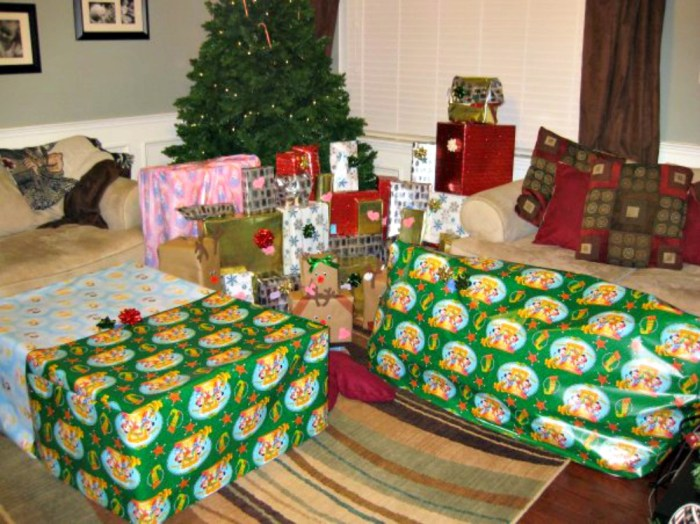 Why we stopped giving our kids Christmas presents - Down Home ...