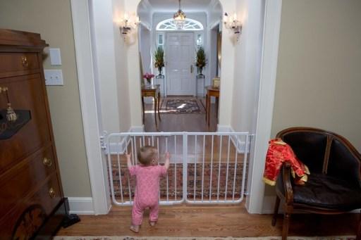 Cardinal Gates Model MG-15 Baby Gate, Pet Gate, Safety gate