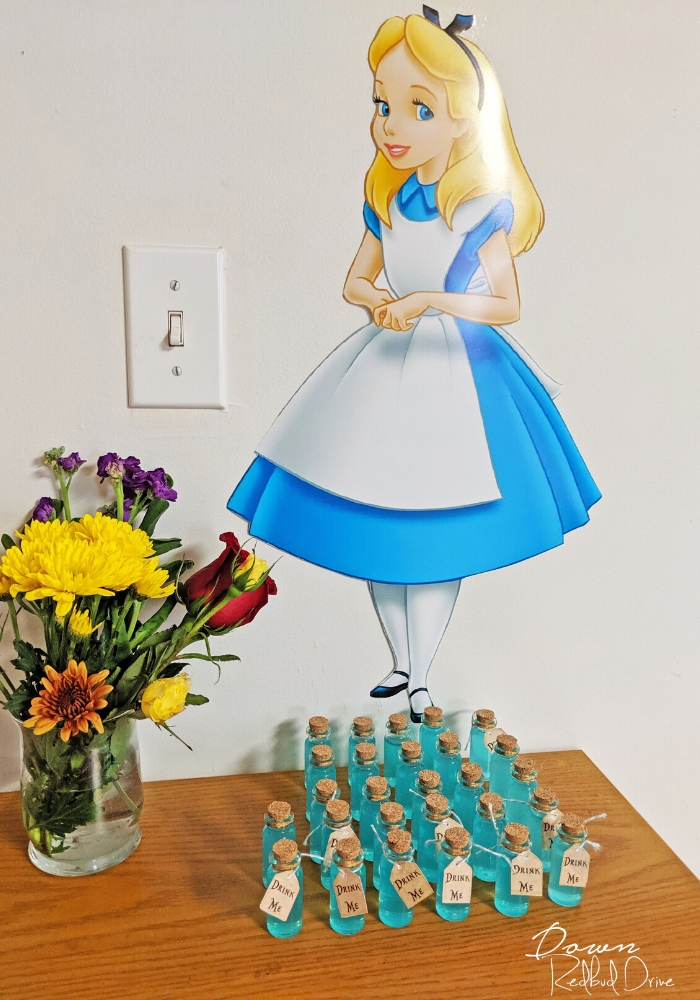 Alice In Wonderland Birthday Party Tons Of Free Printables And Ideas