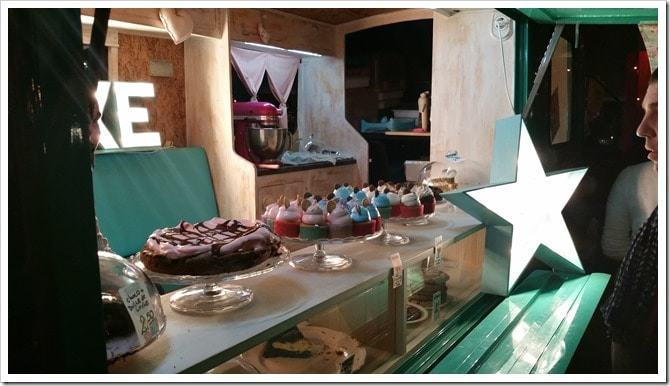 Lloret de Mar, Spain - Food Truck & Caravan Food Festival - Cupcakes