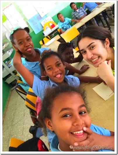 VolunteerSuperHero RewardVolunteers_@DownshiftingPRO_DR