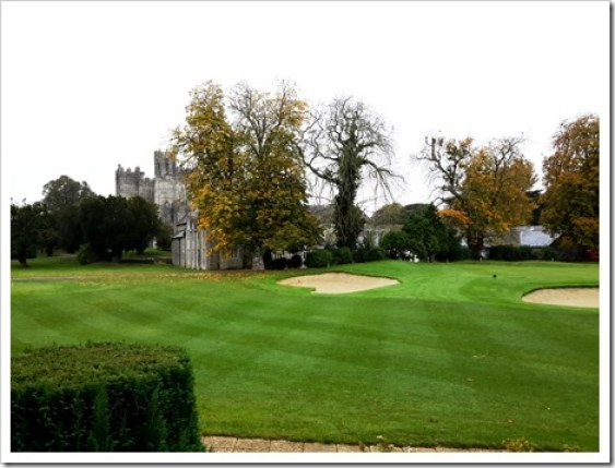 9th Green & Kilkea Castle, County Kildare - Many Shades of Green in Ireland @DownshiftingPRO