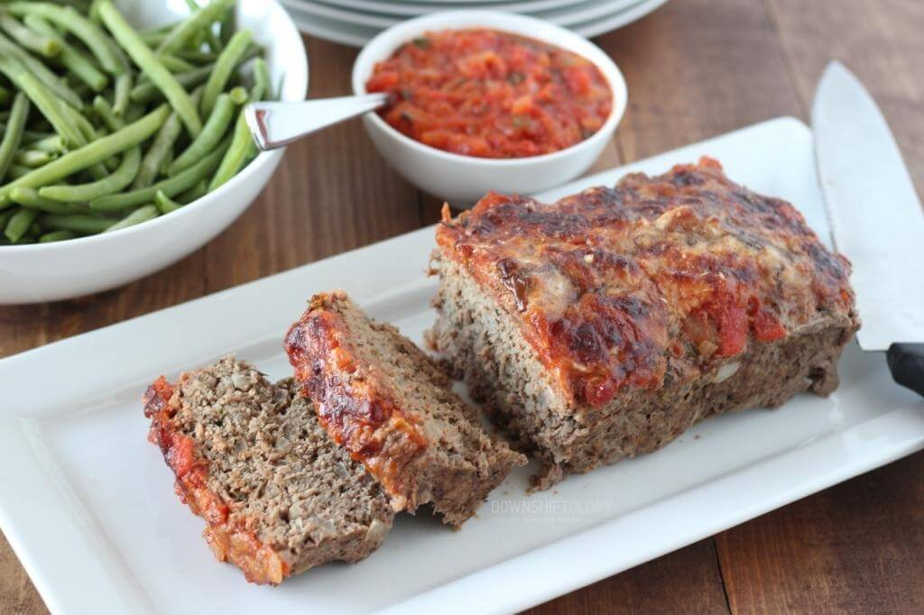 Italian Meatloaf with Marinara Parmesan Crust | www.downshiftology.com