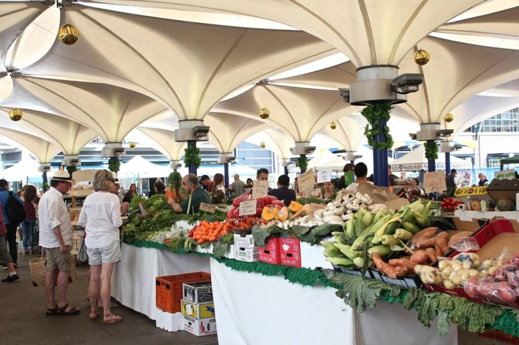 EQ village market - best farmer's markets in Sydney