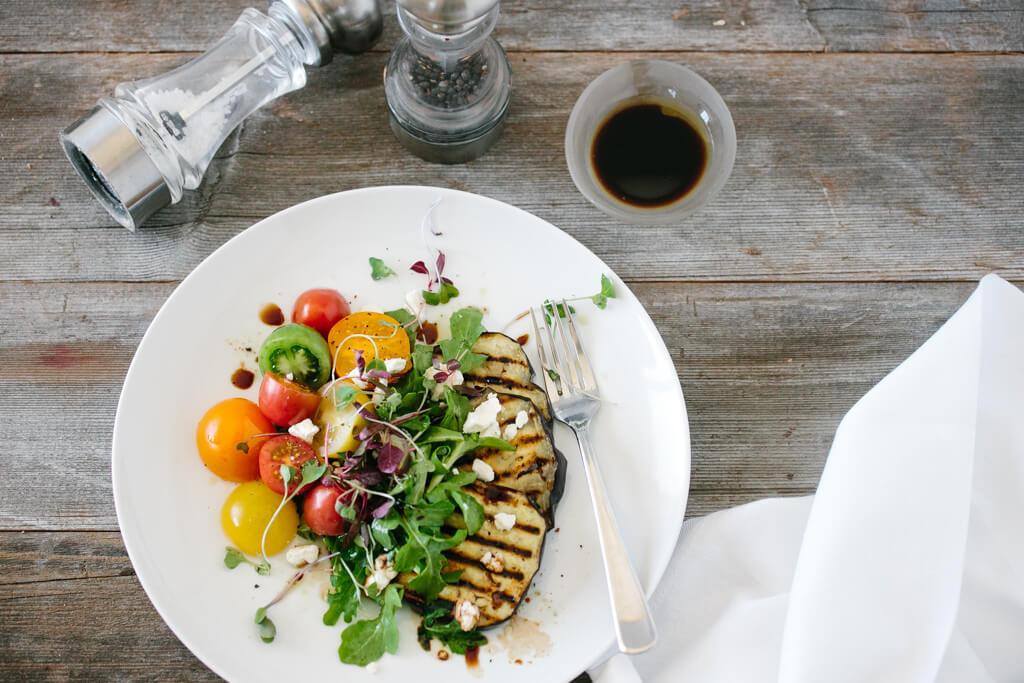 Eggplant Salad with tomatoes and arugula-1