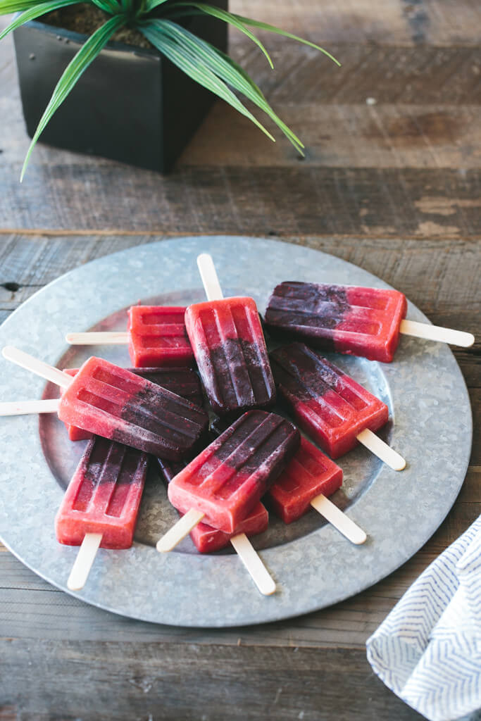 mixed berry popsicle