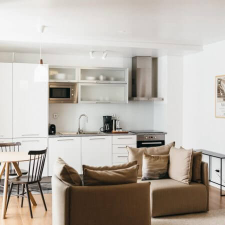 Where to stay in Lisbon, Portugal: Lisbon Serviced Apartments (Healthy, Real Food, Gluten-Free Travel Portugal) | www.downshiftology.com