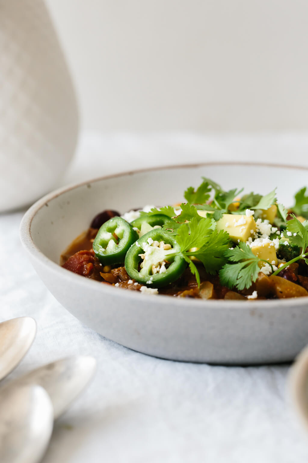 Taco soup is guaranteed to be a family favorite. It's healthy, incredibly easy (only takes 30 minutes) and naturally gluten-free.The perfect healthy dinner!