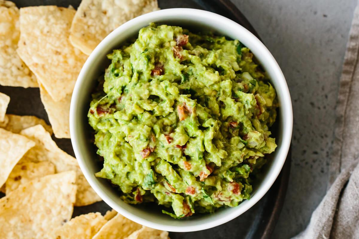 Best Ever Guacamole Fresh Easy Authentic Downshiftology