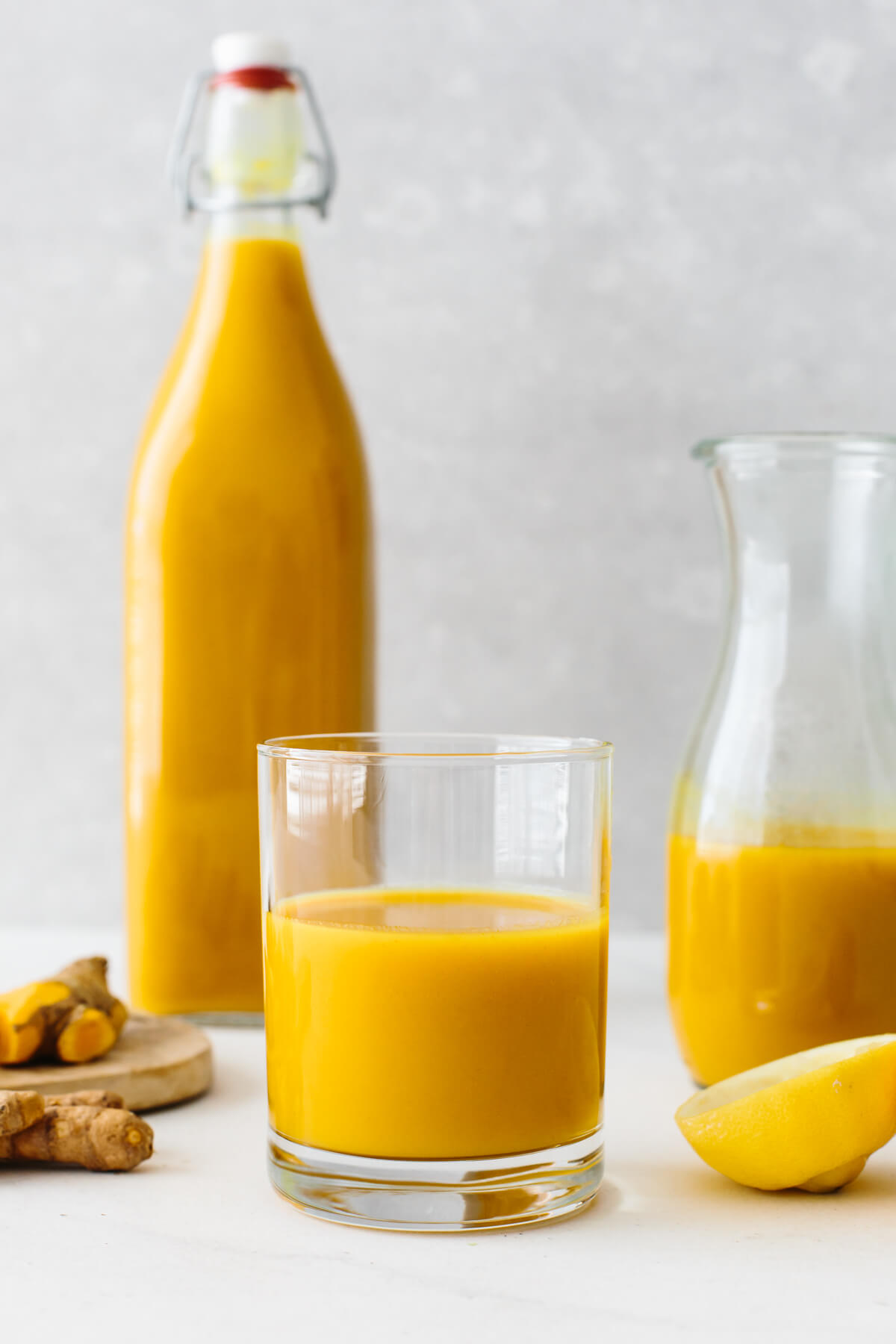 Jamu juice poured into a glass.