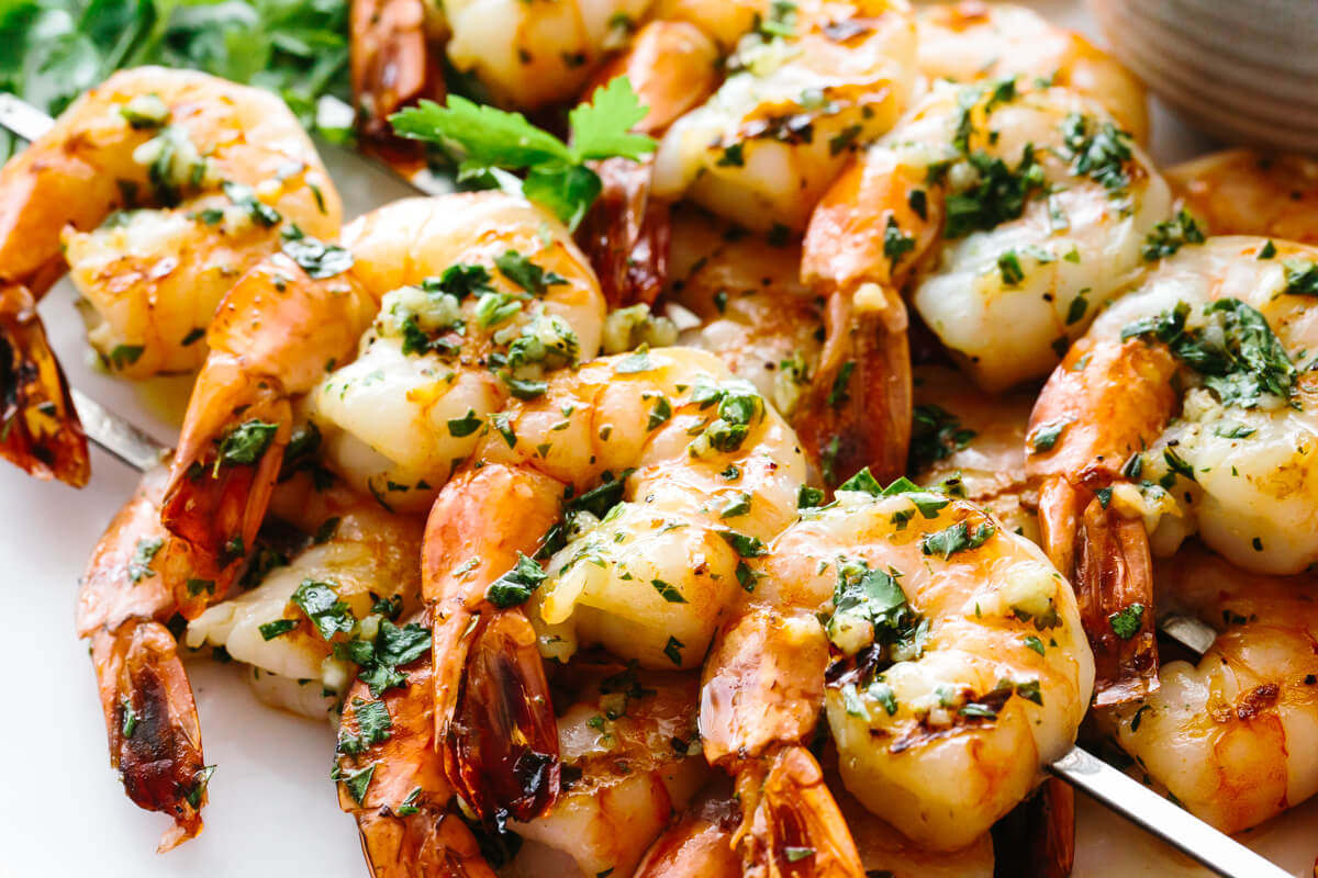 Garlic grilled shrimp on skewers.