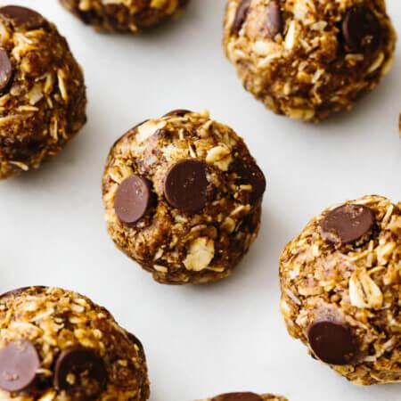 No bake chocolate chip energy balls on a table.