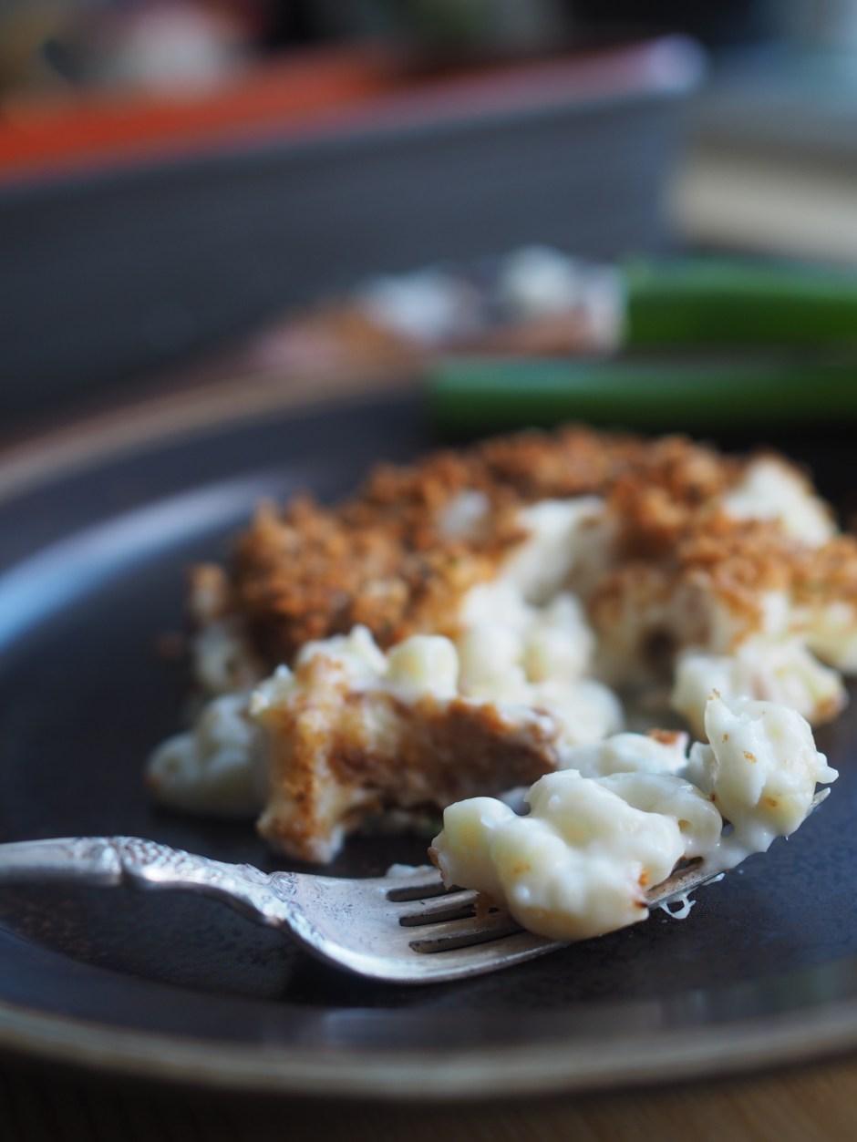 Norwegian Fiskegrateng (Fish & Macaroni Casserole with Garlicky Breadcrumbs)