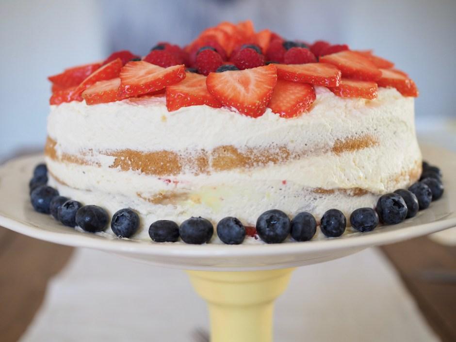Bløtkake (Norwegian Cream Cake)