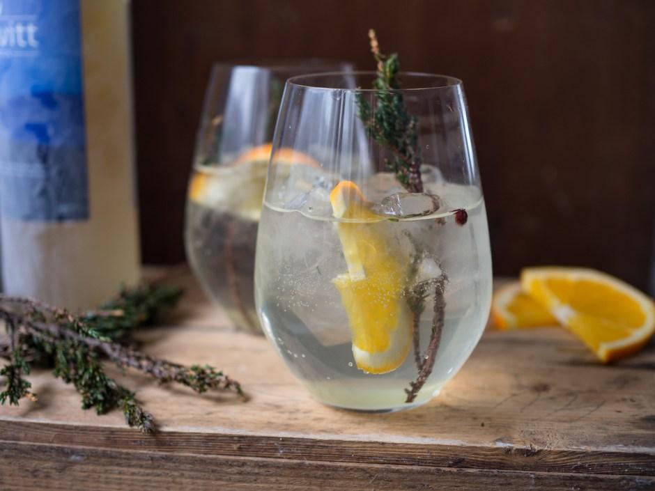 Aquavit, Orange and Juniper Cocktail (Akevitt-cocktail med appelsin og einer)