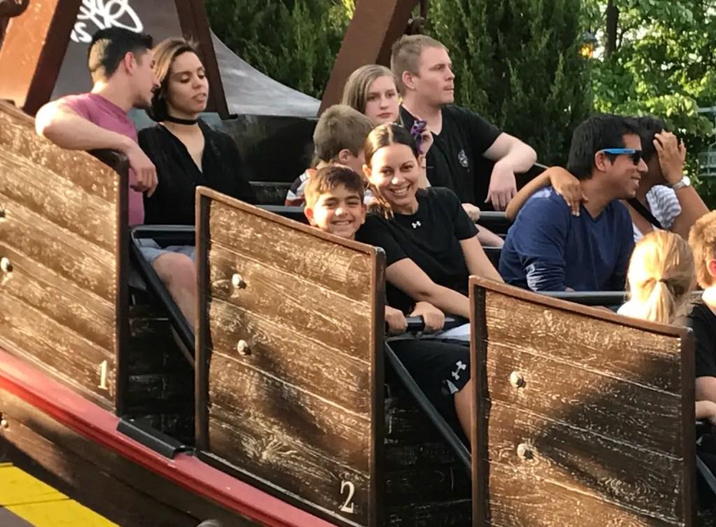 Busch gardens williamsburg review boat