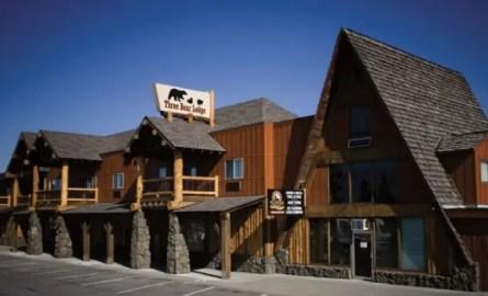Three Bear Lodge Yellowstone