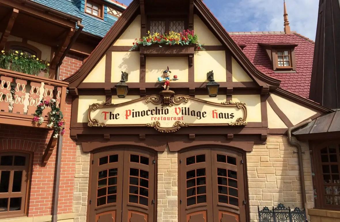 Best Restaurants in Magic Kingdom Pinocchio Exterior