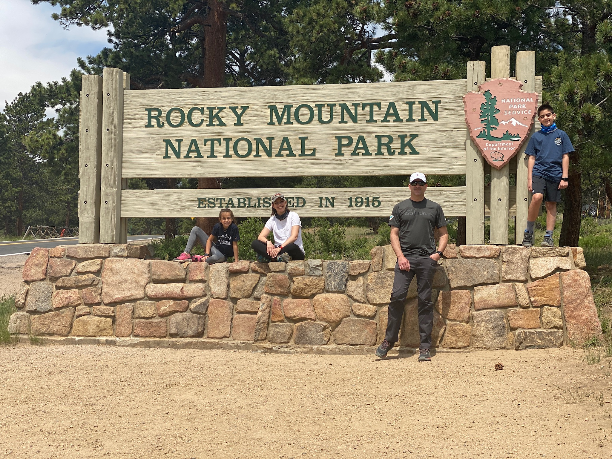 Rocky Mountain NP Sign