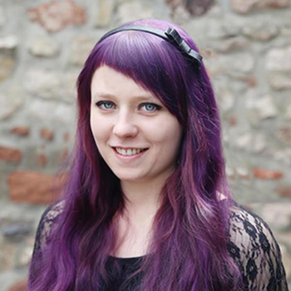 Jasmin Sitka - Zahnarzt Heise Trier
