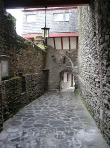 Zugang zum Burghof