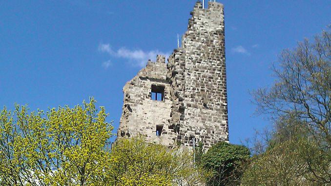 678px_drachenfels_siebengebirge2