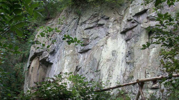 678px_stenzelberg_siebengebirge