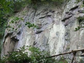 Montaña Stenzelberg, cantera abandonada, Siebengebirge, Königswinter