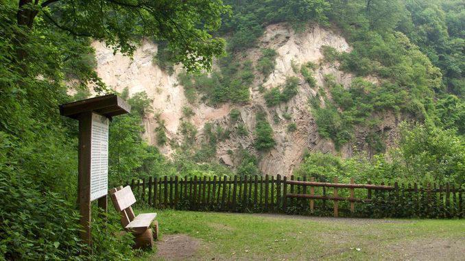 Weilberg, afloramiento geológico, Siebengebirge, Königswinter