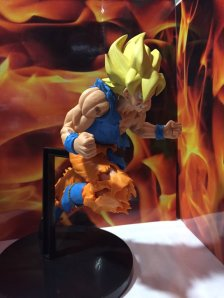 jump-anniversary-50th-son-goku-figure-3