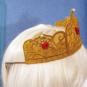 Lace-tiara-in-gold-side