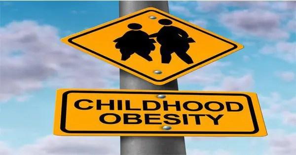 blog de imágenes de las señales de tráfico que muestran los niños con sobrepeso y la obesidad silueta palabras infancia