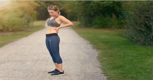 坐骨神経痛でジョギングする女性のブログ画像