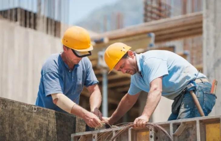 pekerja konstruksi mendapat manfaat chiropraktik el paso tx.